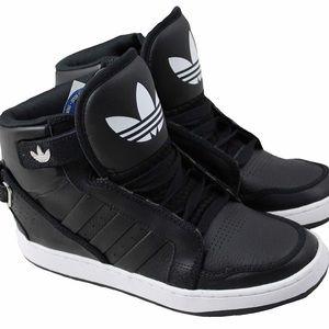 New Adidas AR 3.0 Sneakers women size 7 men sz 8.5